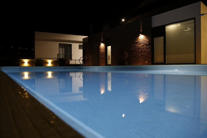 20-Piscina-do-Hotel-Noturna